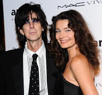 Abandonment leads rocker to disinherit wife. That won't fly in Florida.